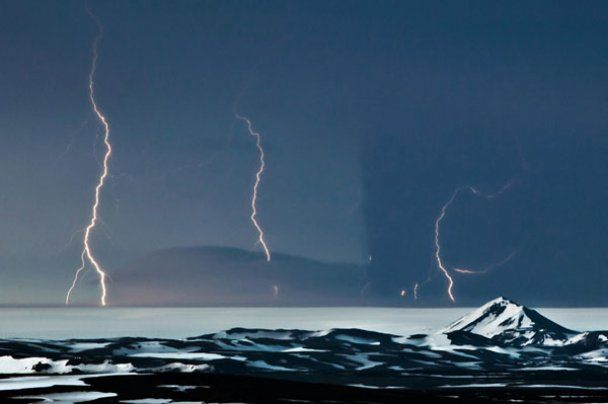 Вулканічний попіл з Ісландії накрив частину Європи