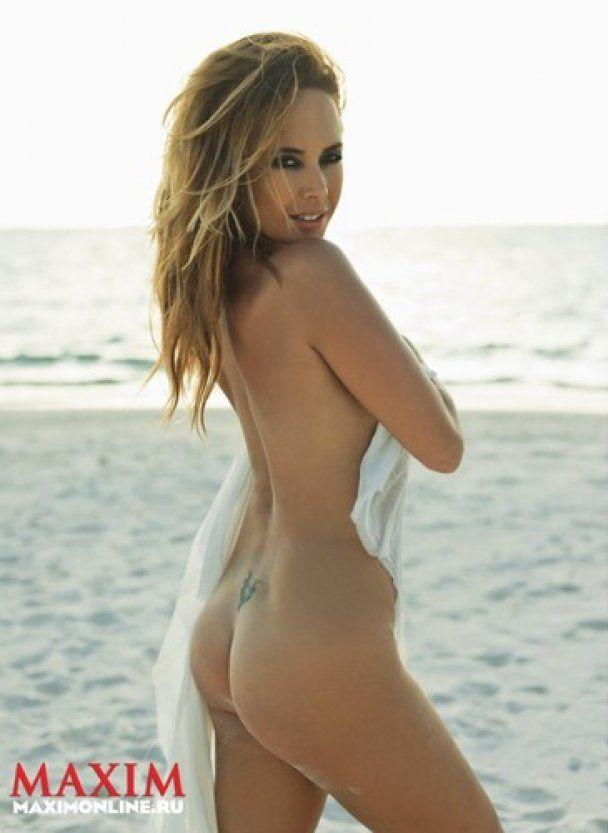 Жанна Фриске на Мальдивах обнажилась для Maxim