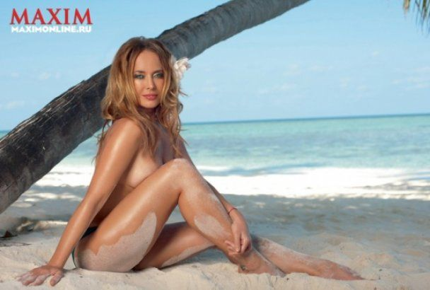 Жанна Фріске на Мальдівах оголилась для Maxim