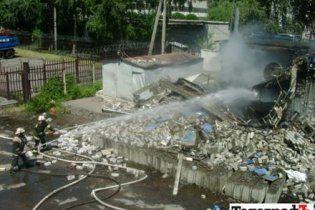 В Кременчуге взорвался магазин пиротехники: людей завалило обломками