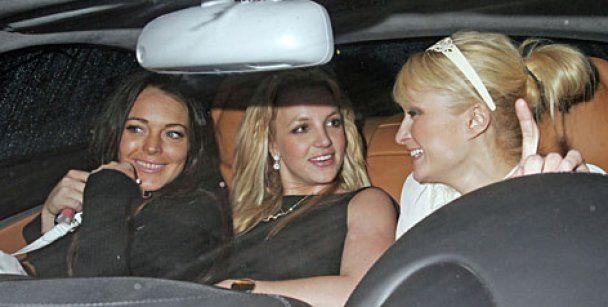 Лохан просит помощи у Бритни Спирс