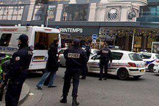 У Франції мікроавтобус з жандармами наїхав на натовп дітей: є жертви