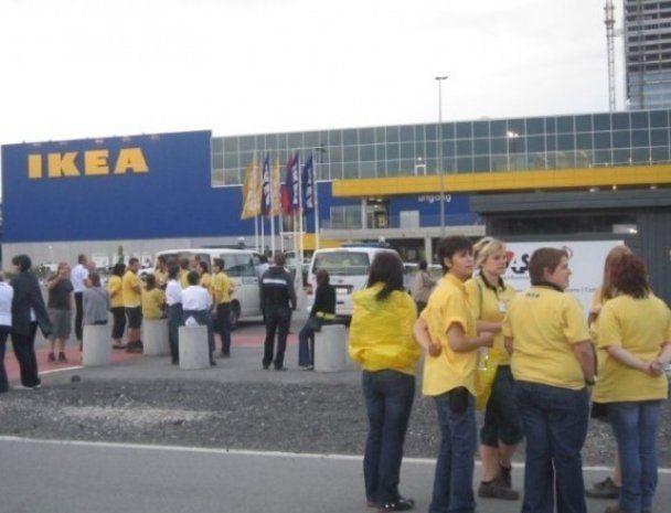 В Европе взорвали три супермаркета IKEA