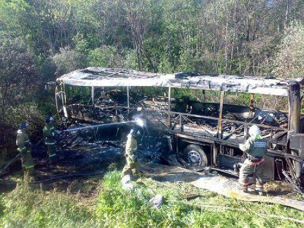 У Росії вдруге за тиждень згорів автобус з пасажирами: 7 загиблих