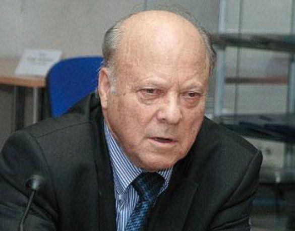 Академік Юрій Пахомов