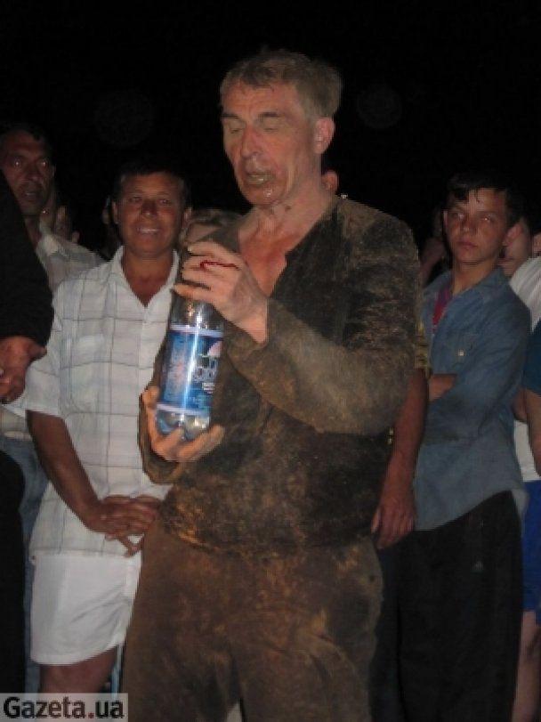 У Донецьку живцем поховали пенсіонера-екстремала