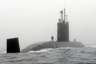 У Канаді підводний човен вдарився об дно, два моряки поранені