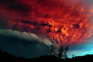 Из-за чилийского вулкана снова отменены десятки авиарейсов