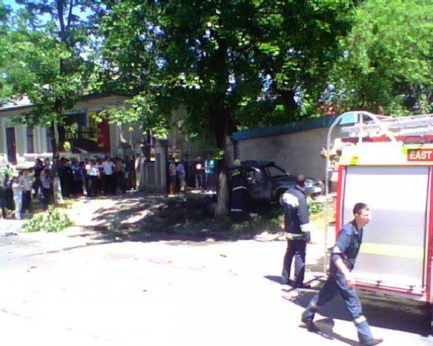 В центре Кишинева взорвался заминированный автомобиль, есть жертвы