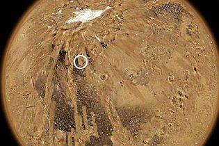 Американець знайшов на Марсі інопланетну базу за допомогою Google