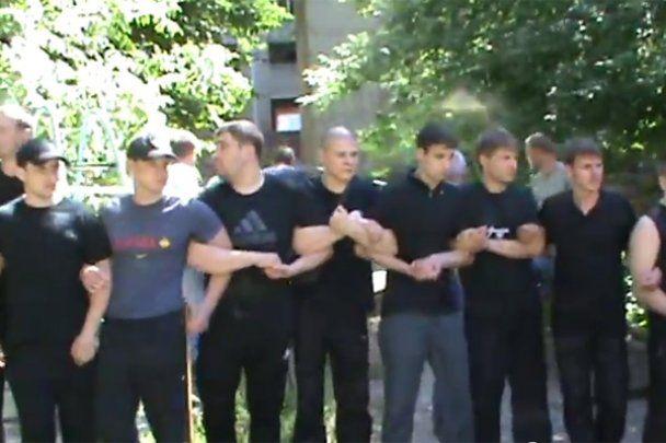 В Донецке неизвестные устроили драку на стройплощадке
