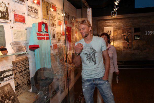 """Тимощук """"наслідив"""" у музеї колишнього клубу"""
