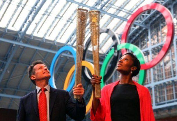 В олімпійському факелі зробили вісім тисяч дірок