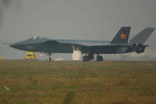 Китайские военные опережают Россию, после авианосца у них нашли новейший истребитель