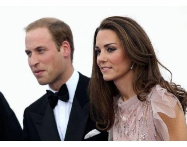Принц Уильям с Кейт Миддлтон впервые вышли в свет после свадьбы
