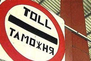 На российско-украинской границе образовались очереди из грузовиков