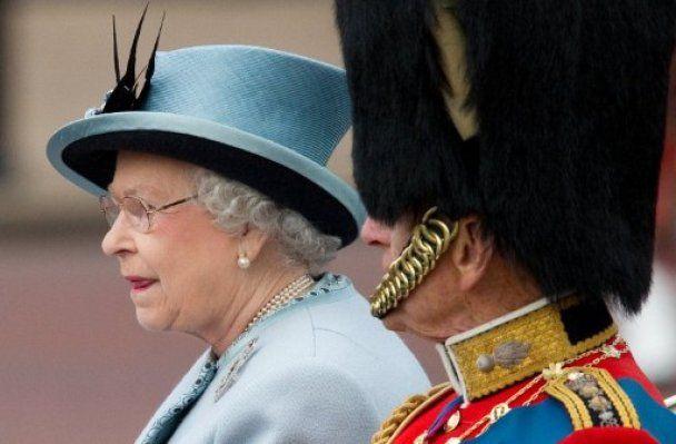 Британия помпезно отметила 85-летие королевы Елизаветы ІІ (видео)