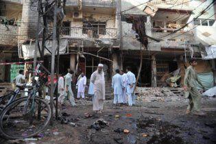 Жертвами подвійного теракту в Пакистані стали близько 70 людей