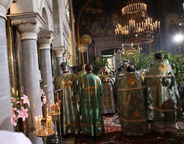 Тимошенко розповіла, за кого молилась у Володимирському соборі на Трійцю