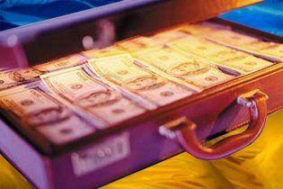 Перед виборами політичні партії продають по мільйону доларів