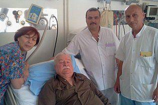 Леха Валенсу госпитализировали с пневмонией