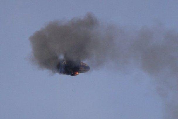 Над Німеччиною згорів дирижабль: пілот врятував пасажирів ціною власного життя