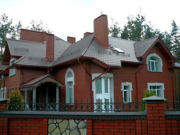 Дача Миколи Азарова
