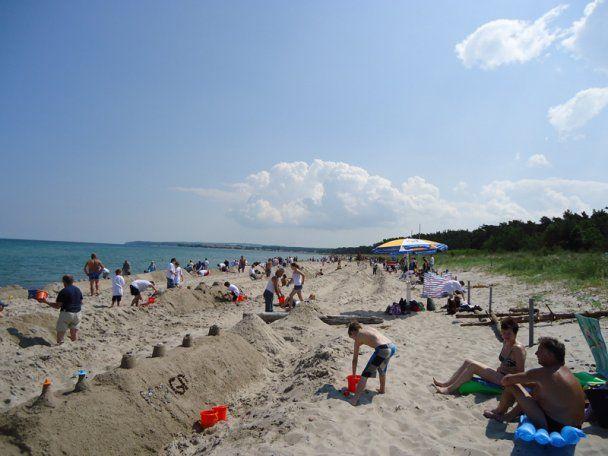 В Германии построили песчаный замок длиной 27,5 км