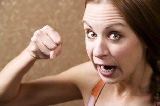 Розкрито секрет поганого настрою у жінок і як з ним боротися