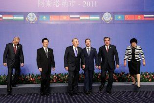 """Юбилейный саммит """"НАТО Востока"""" осудил войну в Ливии и ПРО"""