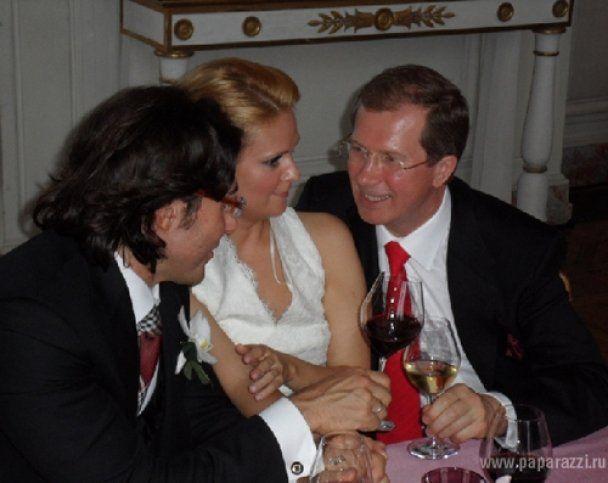 В Інтернет потрапили фото з таємного весілля Андрія Малахова
