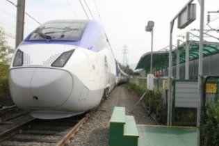 Міністерство інфраструктури обладнає швидкісні потяги спецвагонами