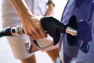 У Білорусі через Митний союз подорожчав бензин