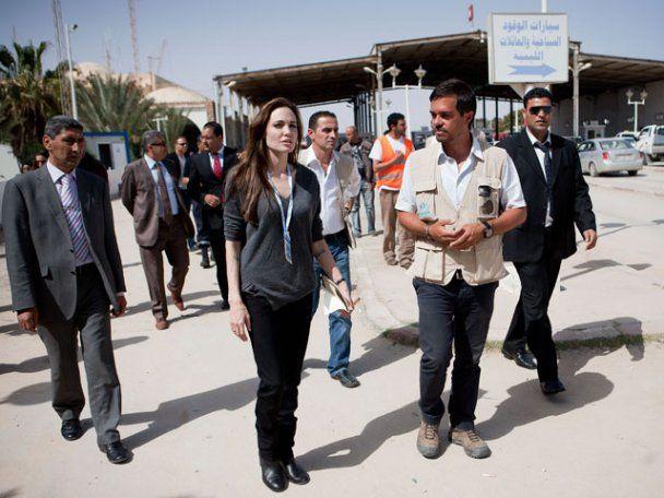 Анджеліна Джолі відвідала сирійських біженців