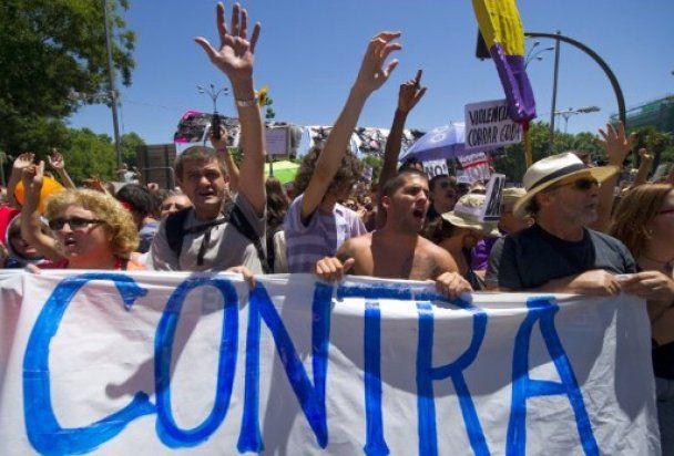 В антиурядових мітингах в Іспанії взяли участь більше 100 тисяч осіб