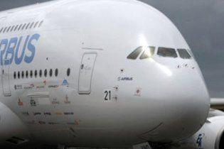 На авиасалоне Ле Бурже из-за столкновения отменены полеты гигантского A380