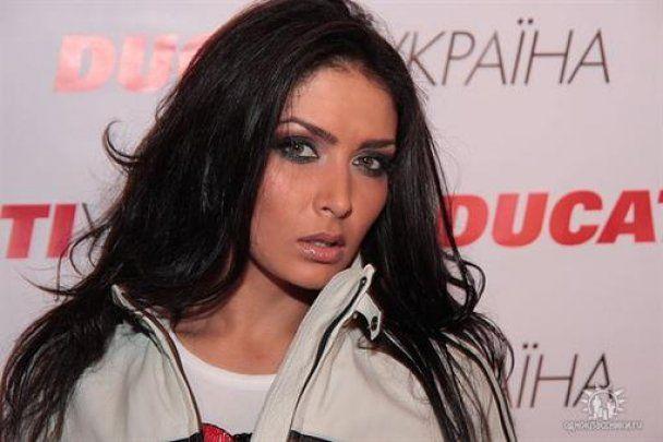 У ДТП в Києві разом з депутатом загинула відома модель