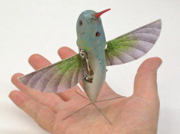 Пентагон розробив безпілотники розміром з комах