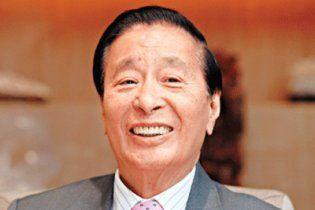 Китайский миллиардер раздаст 2 миллиона долларов в честь рождения внука