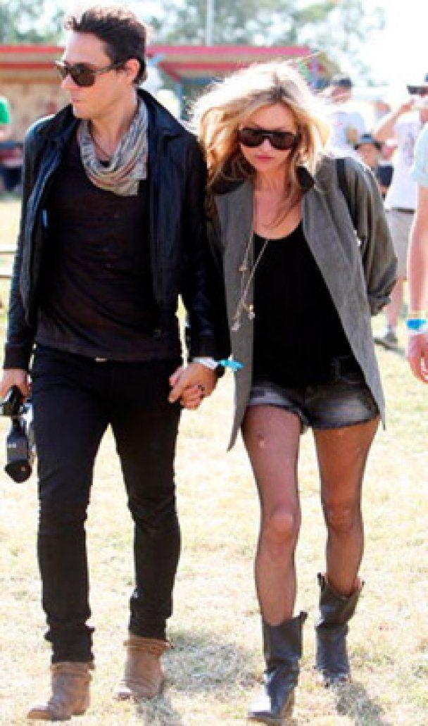 Кейт Мосс отгуляет девичник в Париже