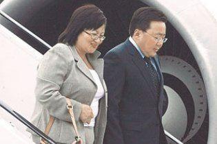 Президент Монголії розповів, як на вечірці у Львові знайшов собі дружину