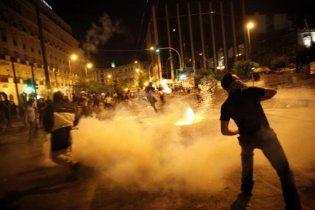 Незадоволення економічною політикою вивело десятки тисяч поляків на вулиці