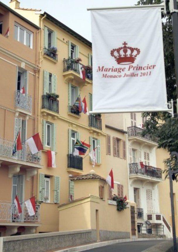 """Монако готується до """"весілля століття"""": принц вінчається з чемпіонкою світу"""