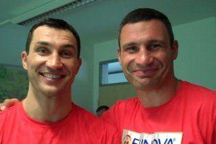 Володимир Кличко пообіцяв ощасливити брата і своїх фанатів
