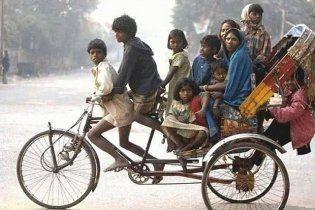 Индусам за добровольную стерилизацию будут выдавать машины и миксеры