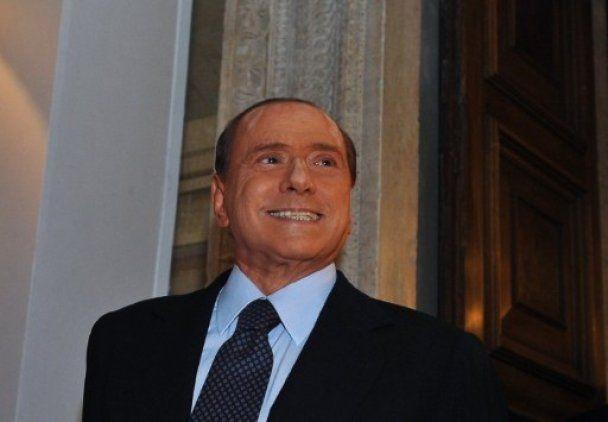 74-летний Берлускони занимался сексом 5 раз в день
