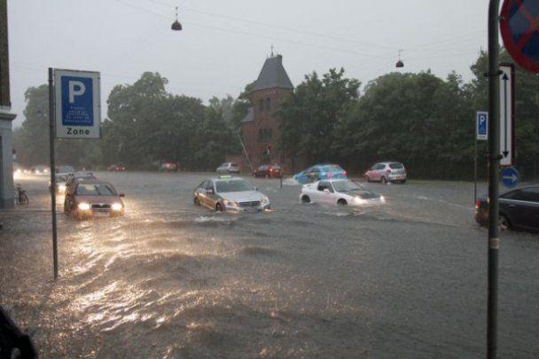 В Копенгагене под водой оказались улицы, подземные переходы и нижние этажи домов