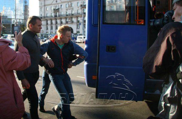 День независимости Беларуси завершился массовыми арестами и разгоном протестующих