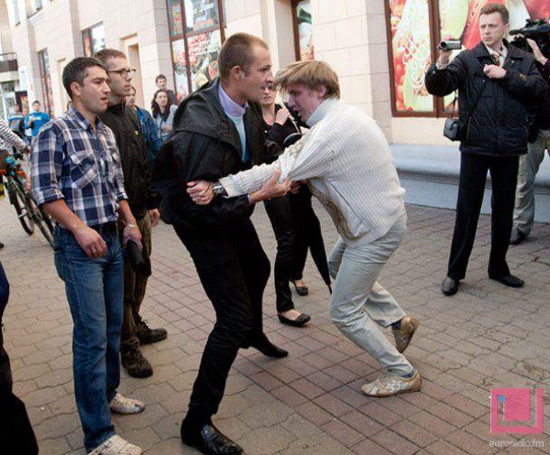 В Беларуси спецслужбами сымитирован расстрел правозащитника