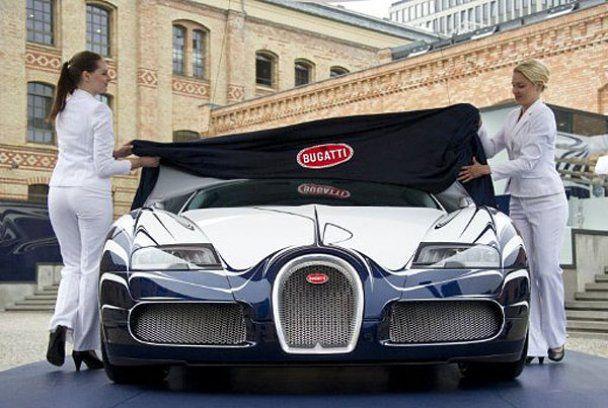 Фарфоровый суперкар Bugatti стоимостью 2,3 млн долларов